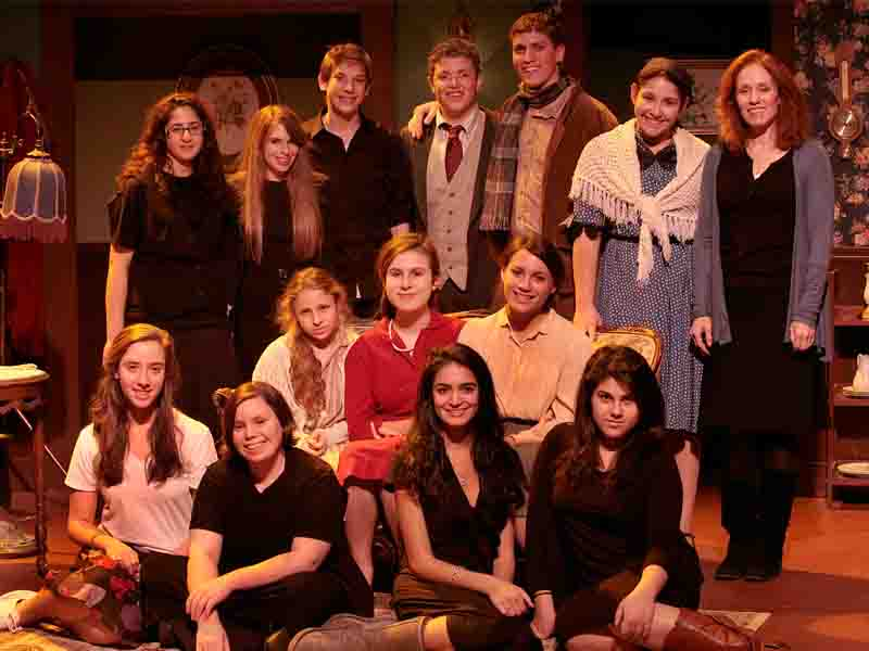 Prop+lists+and+perfectionism%3A+Taking+%27A+Shayna+Maidel%27+from+the+page+to+the+stage