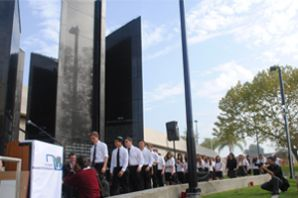 Shalhevet Choir sings at dedication of new Los Angeles Museum of the Holocaust
