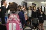Hallway mania: Students watch live streaming of Houston basketball tournament