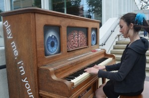 Students participate in worldwide outdoor piano experiment