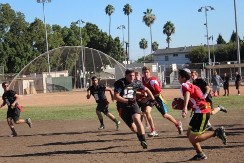 Mismatch between rivals helps boys Flag Football team win two against YULA; Girls to play Panthers Nov. 3