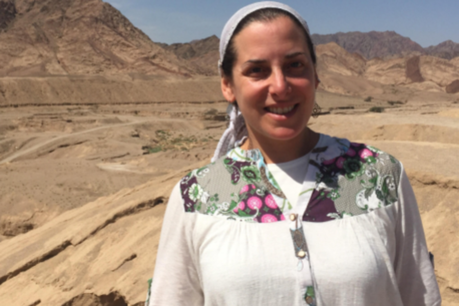 MS: Ms Atara Segal spent last year in Israel completing the first year of a two-year program to become a Yoetzet Halacha.