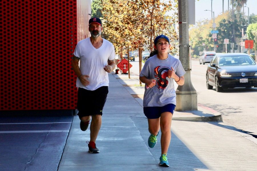 DASH%3A+Members+of+the+running+club+ran+by+the+Peterson+Museum+at+Wilshire+and+Fairfax+Oct.+27.