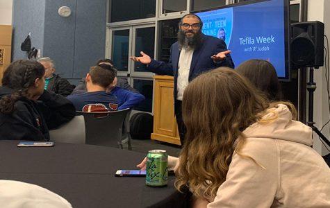 Visit from Rav Judah sheds a Hasidic light on prayer